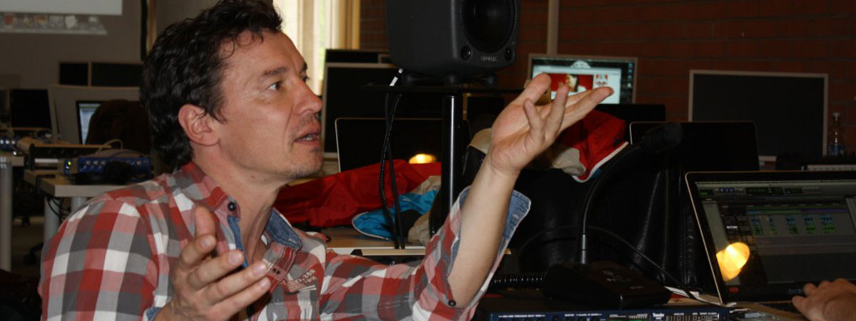 <b>Sprecherworkshop mit Bernd Gnann</b>